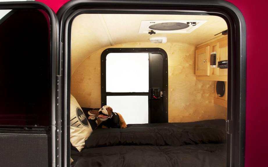 Mini Cowley Caravan and Swindon Roof Top tent picture #4