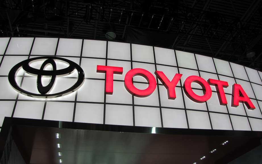 Toyota ranks first websites automakers in Canada