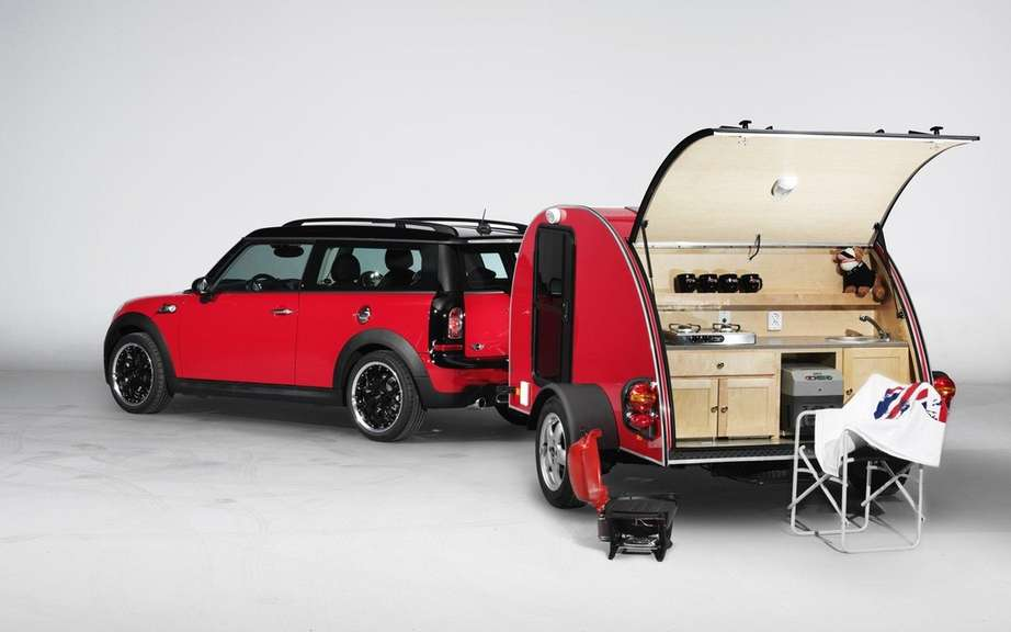 Mini Cowley Caravan and Swindon Roof Top tent picture #7