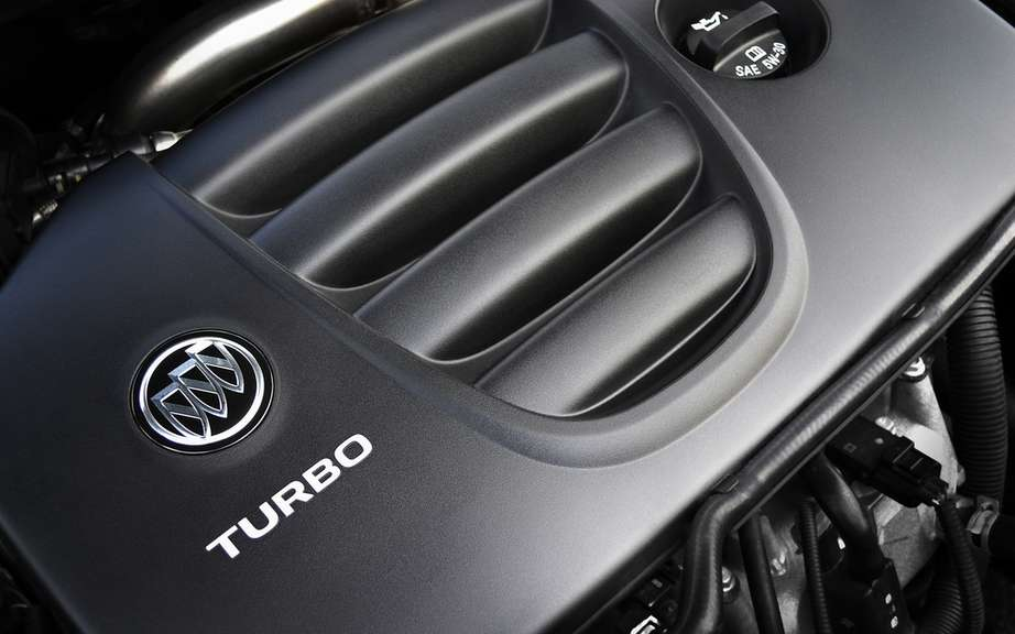 Buick Verano Turbo 2013: a luxury sport sedan 250 hp picture #4