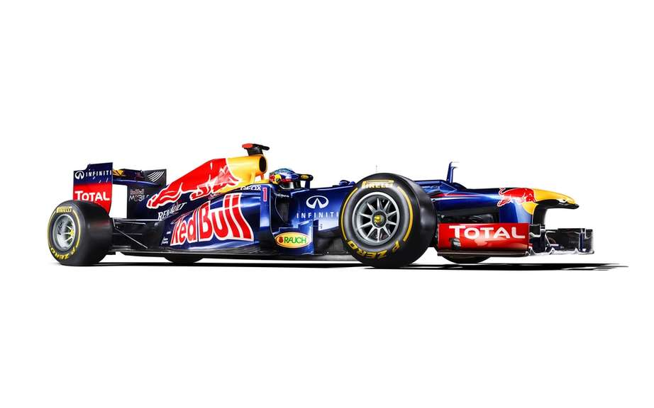 Infiniti organize a national tour for the MC Formula 1 Red Bull picture #2