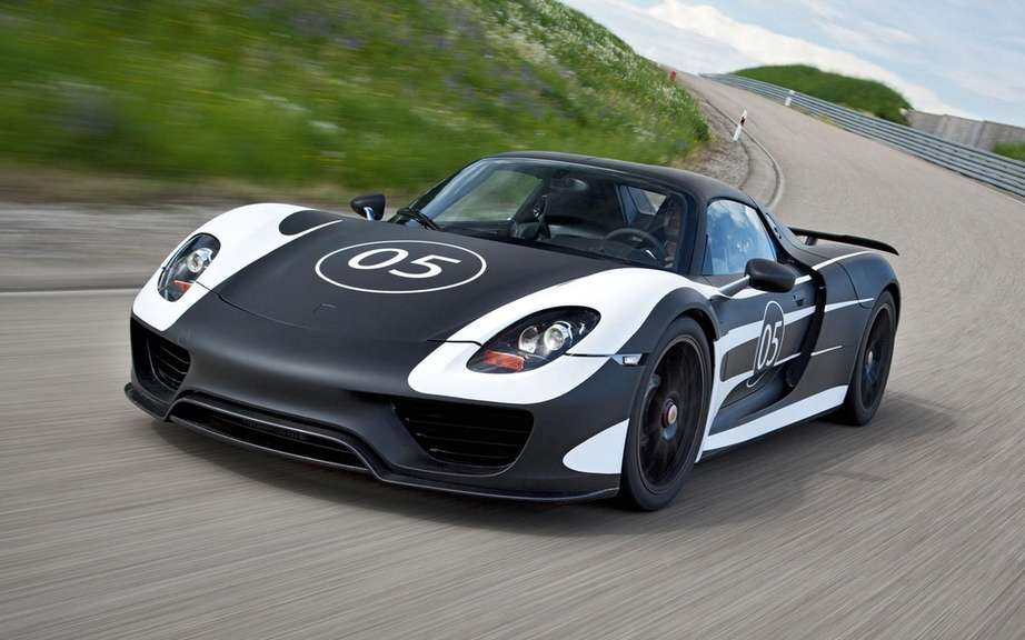 Porsche 918 Spyder prototypes that are having ac ur joy?