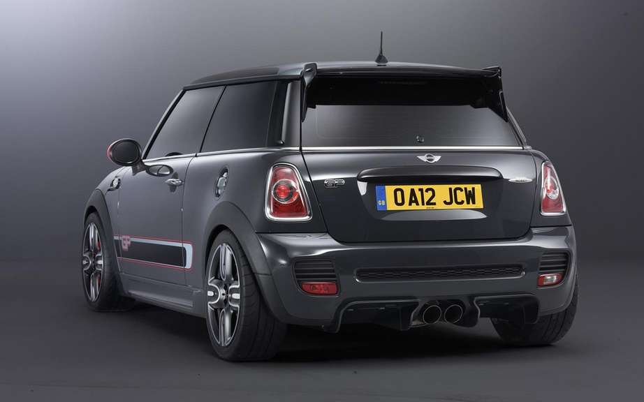 Mini John Cooper Works GP: pay attention to your back! picture #2