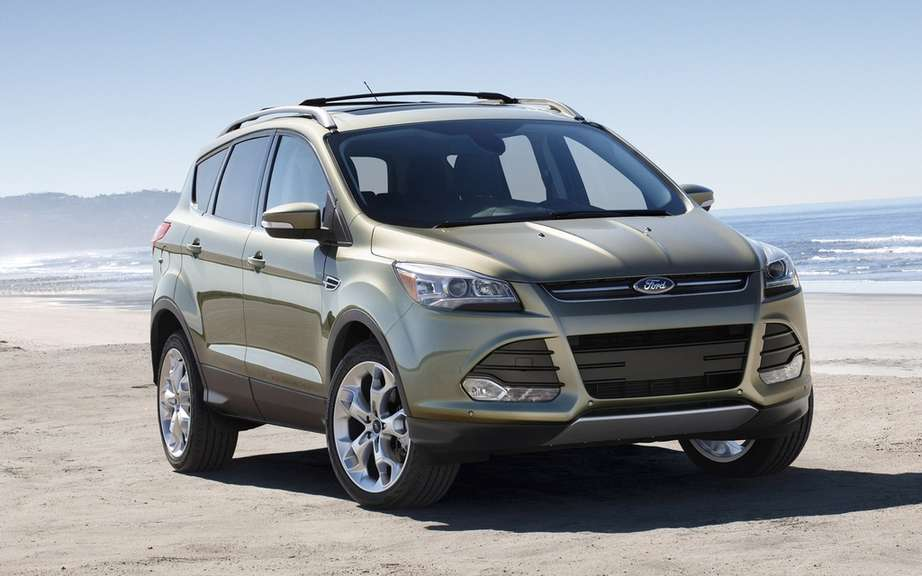 2013 Ford Escape: certify a 6 L/100 km picture #1