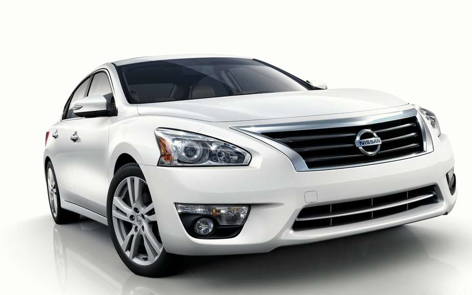 Nissan Canada unveiled the price of its Altima sedan 2013