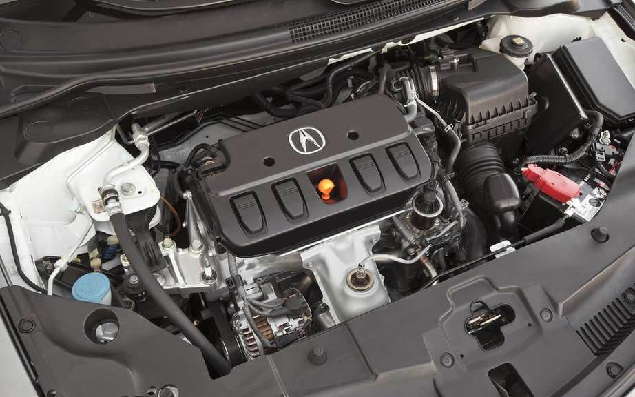 2013 Acura ILX: from $ 27,790 in Canada picture #4