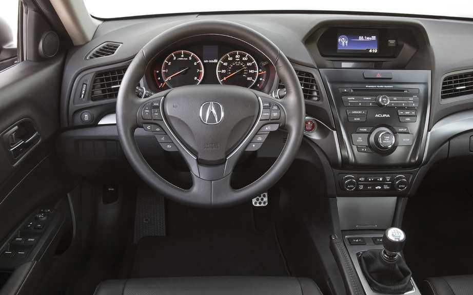 2013 Acura ILX: from $ 27,790 in Canada picture #6
