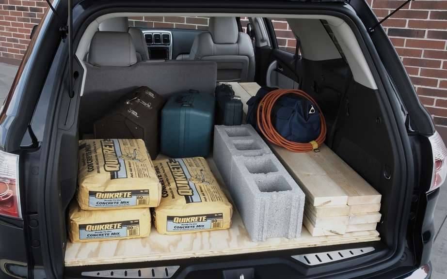 GMC presents its vehicles designed to better meet your DIY projects picture #4