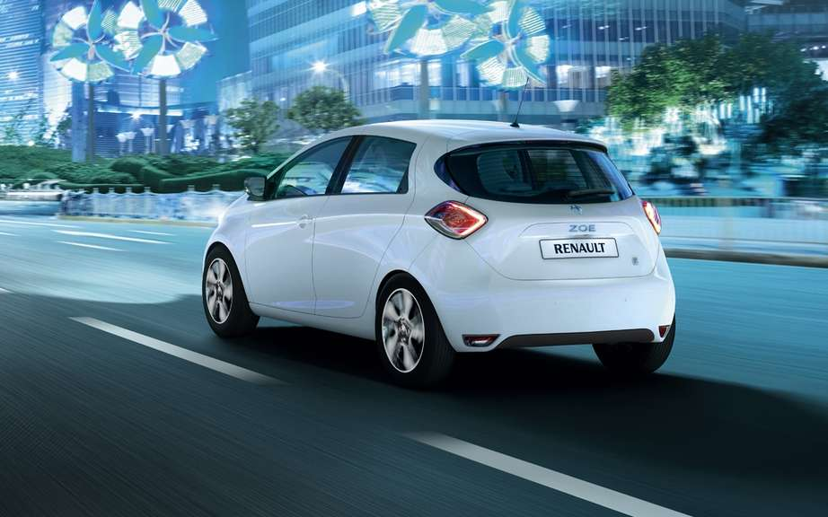 Renault ZOE unveiled his model and opens reservations picture #2