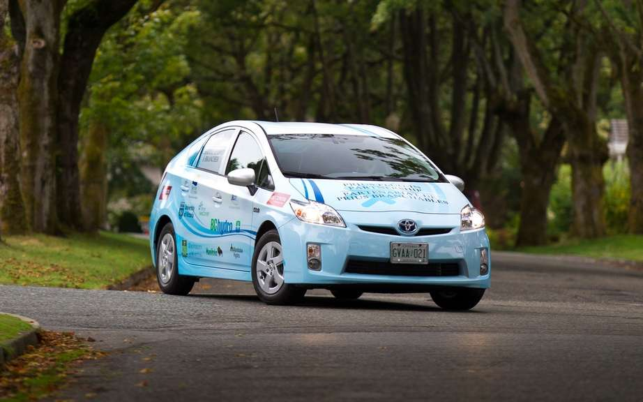 Race of alternative energy: from Montreal Monaco for Prius PHV