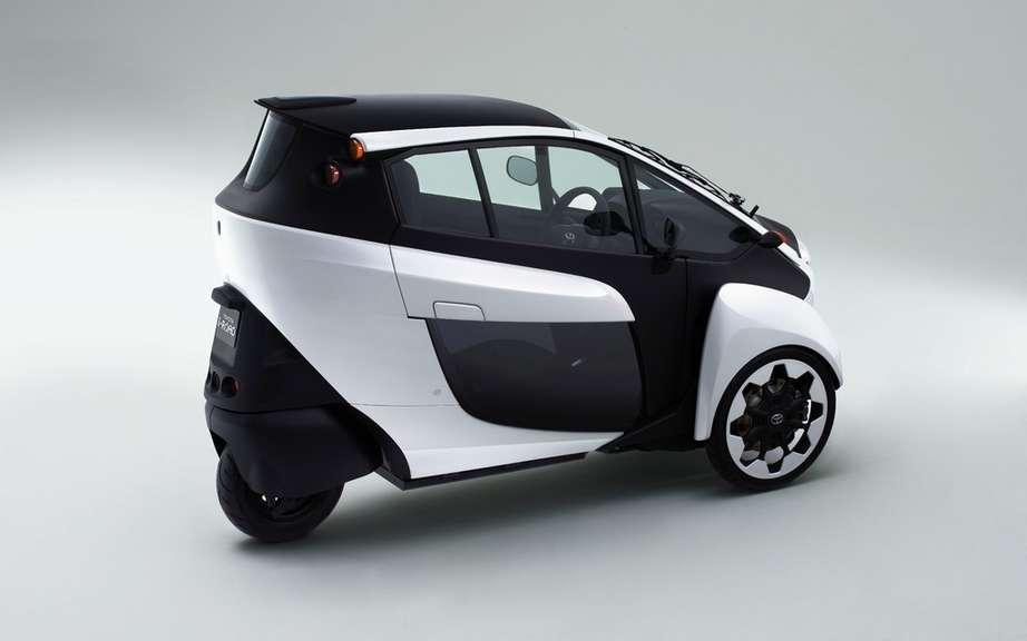 Road tests for the Toyota i-Road picture #7