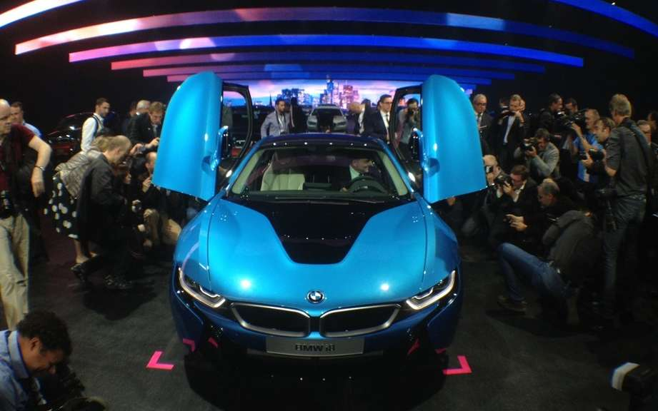 BMW i8: Less fuel, more lasers picture #6