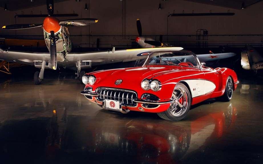 Pogea Racing attack a Chevrolet Corvette C1 1959