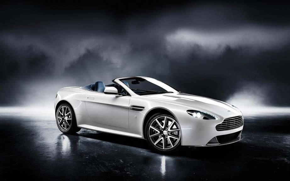 Aston Martin Vantage 2012: a reconstituted family picture #5