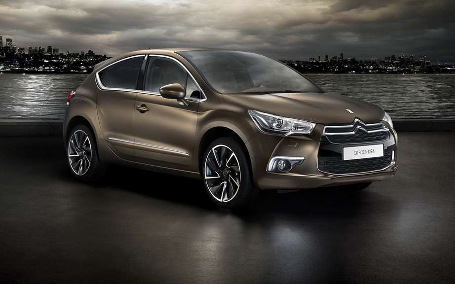 Citroen DS4 unveiled its Just Mat