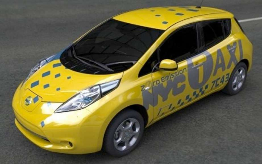 Nissan LEAF taxi after the NV 200