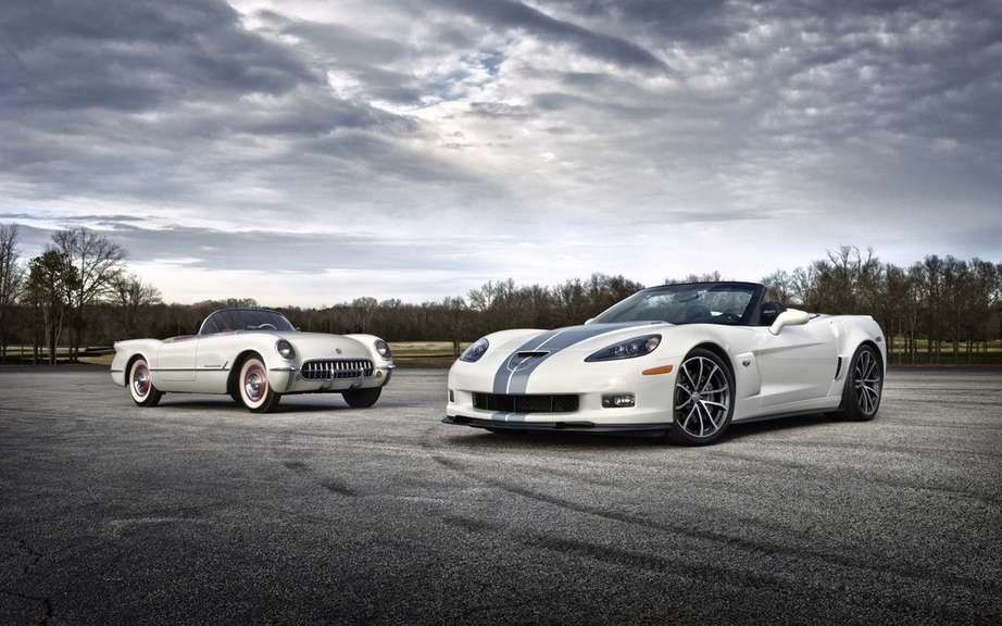 Chevrolet Corvette 427 Convertible Collector Edition: 60 Performance picture #2