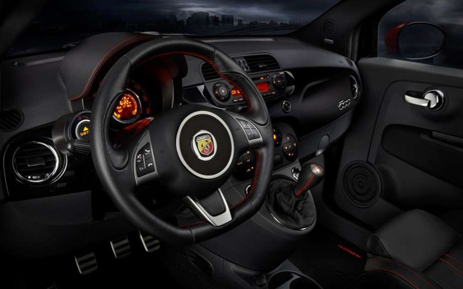Chrysler Canada announces pricing for the new 2012 Fiat 500 Abarth picture #3