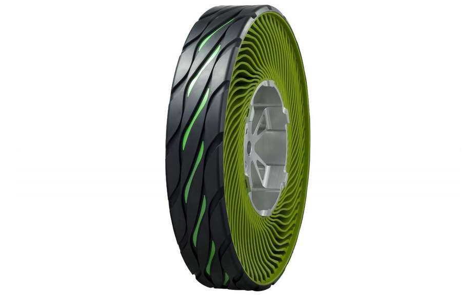 Bridgestone presents its airless tire