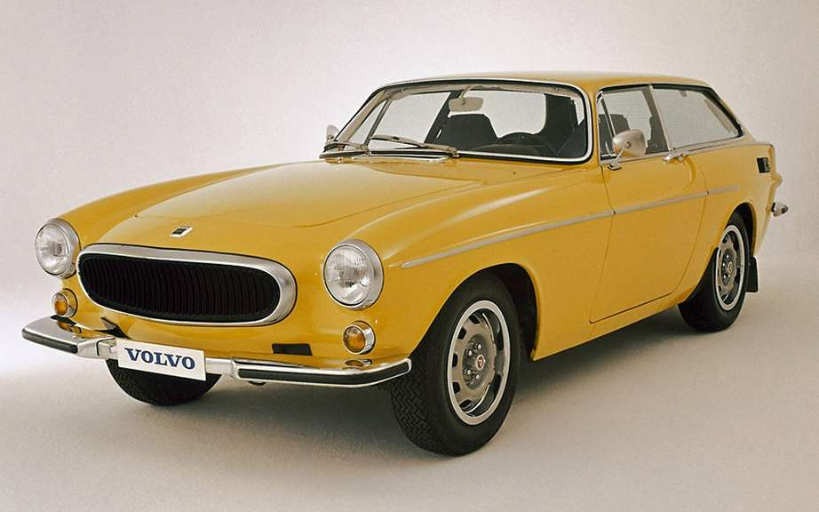 Volvo commemorates the 50th anniversary of the P1800 cutting picture #4