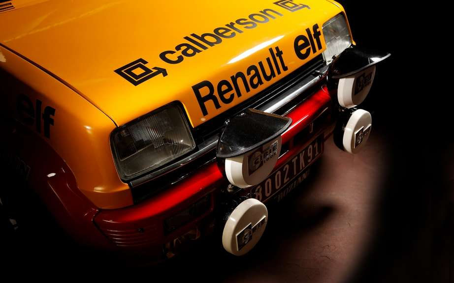 Renault 5 Alpine Renault presents three departing from the historic Monte Carlo picture #3