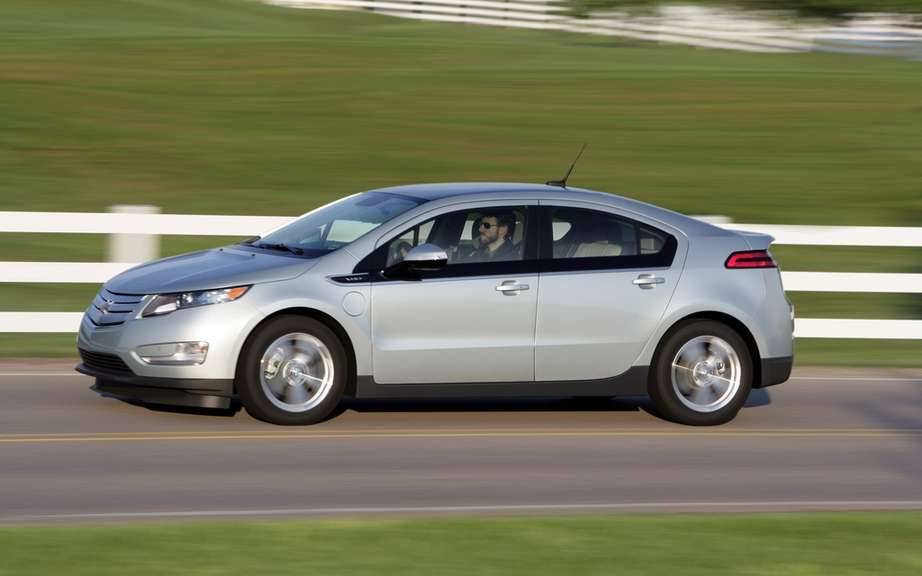 GM will lend a free vehicle to a Chevrolet Volt owners worried picture #1