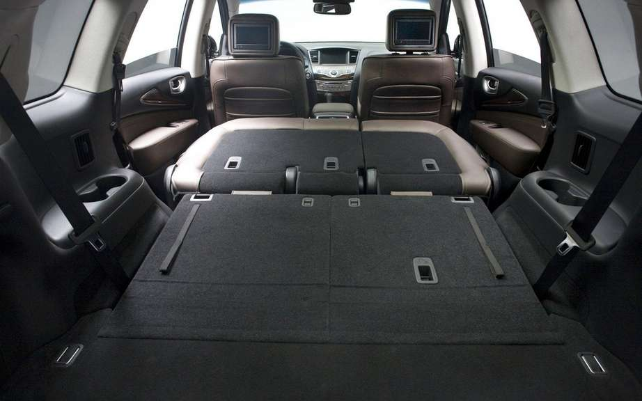 2013 Infiniti JX: For family outings picture #4