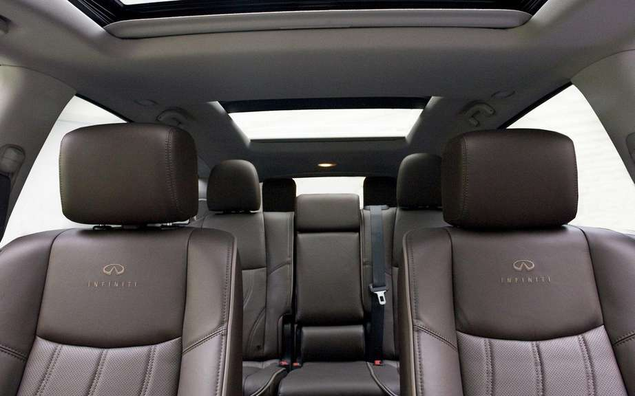 2013 Infiniti JX: For family outings picture #5
