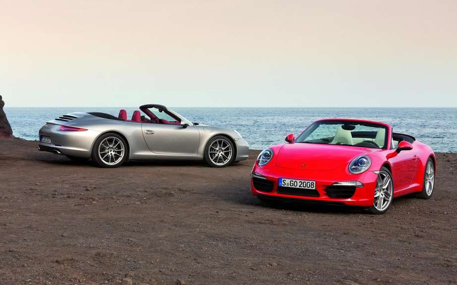 Porsche 911 Cabriolet 2012: With hood type cutting