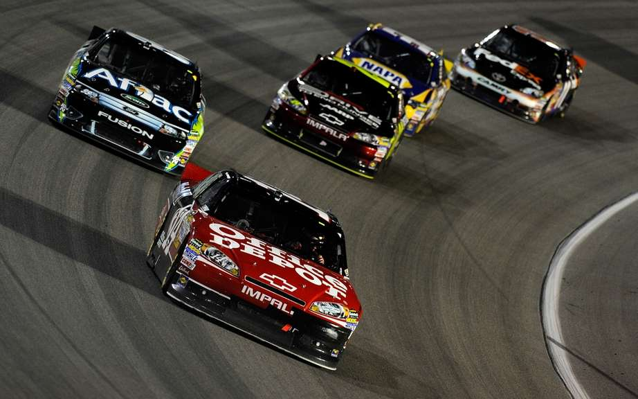 Stewart, Stenhouse and Dillon NASCAR champions 2011 picture #1