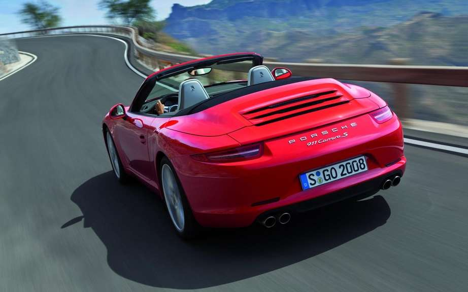 Porsche 911 Cabriolet 2012: With hood type cutting picture #3