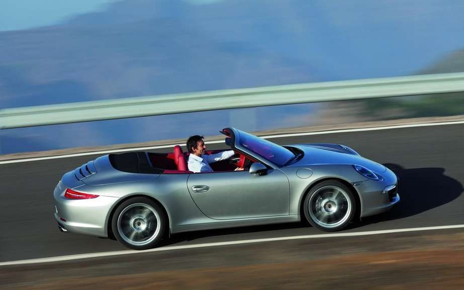 Porsche 911 Cabriolet 2012: With hood type cutting picture #4
