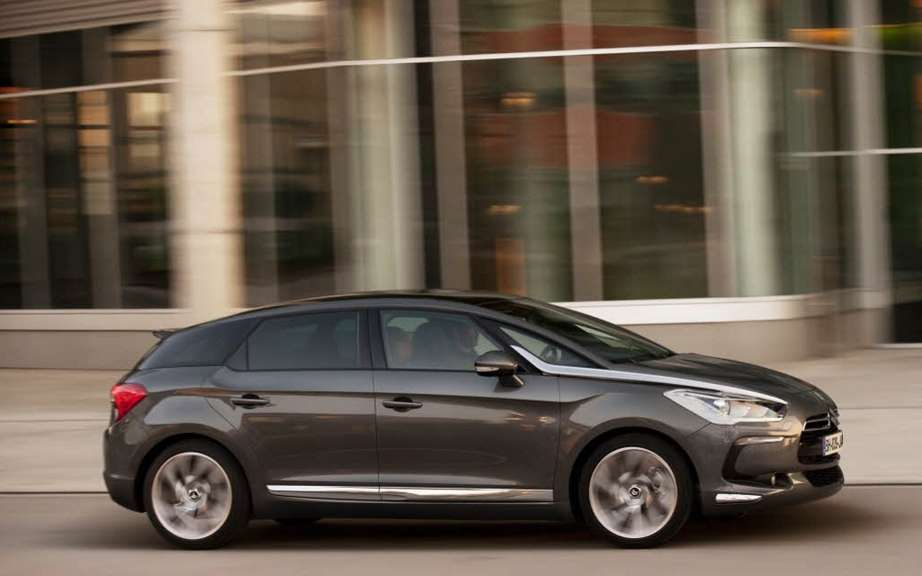 Citroen DS5: It opens the ball of the new season C_42 picture #1
