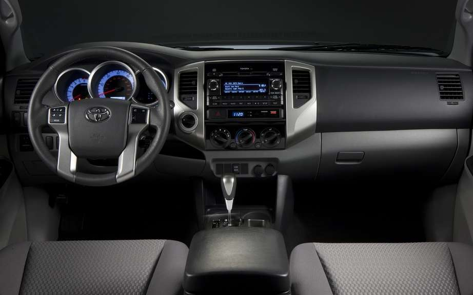 Toyota Tacoma 2012: revamped and improved picture #4