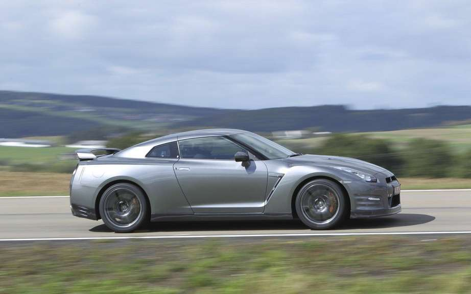 Nissan GT-R 2013: All that for 20 more horsepower picture #4