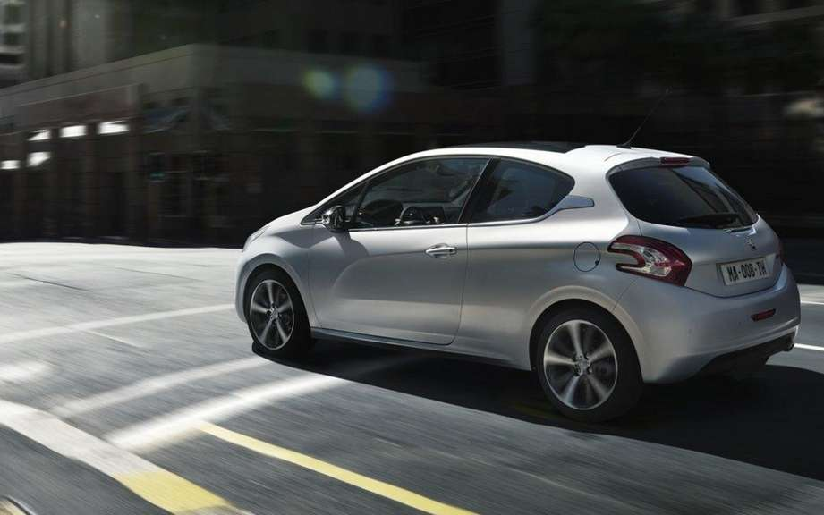 Peugeot 208 2012: Betrayed by the web picture #3