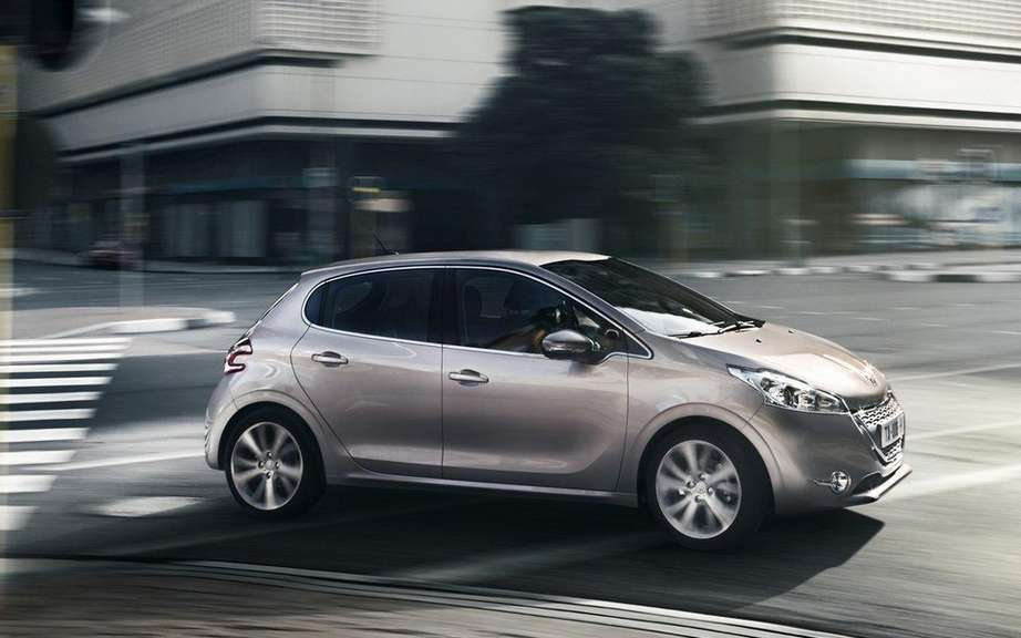 Peugeot 208 2012: Betrayed by the web picture #5