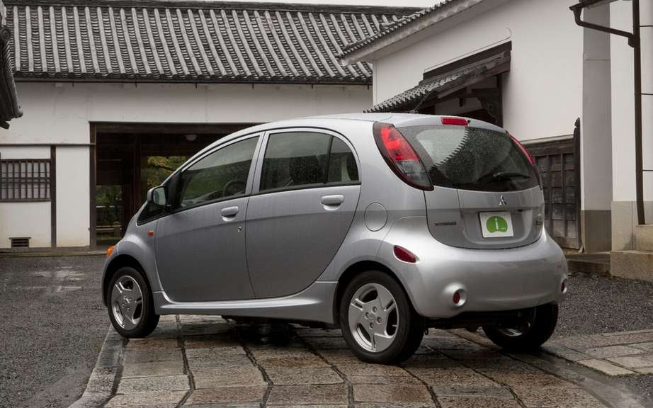 Mitsubishi starts production of its i-MiEV has destiny of North America picture #2