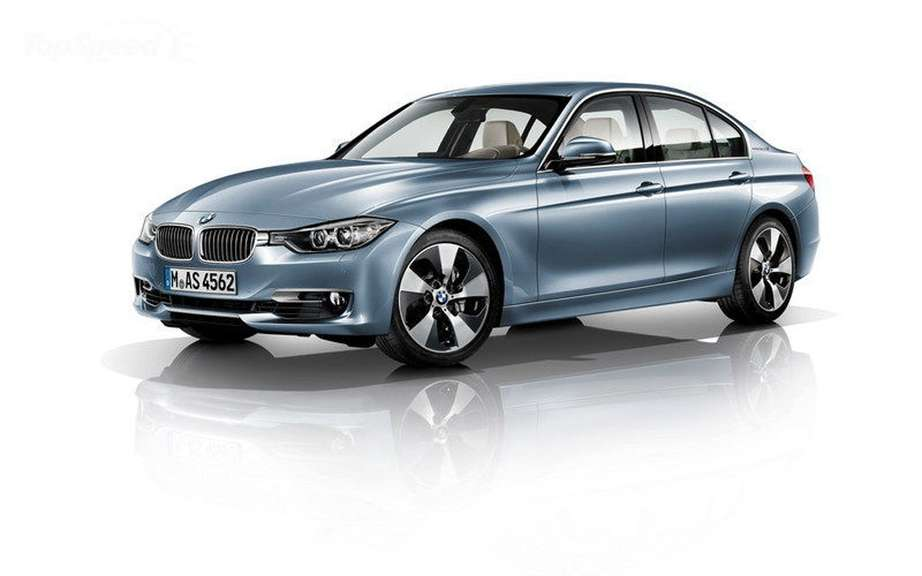 BMW ActiveHybrid3: Another year to wait