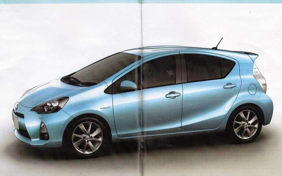Toyota Prius C: A revealing brochure picture #1
