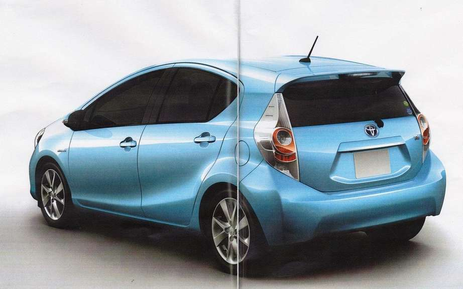Toyota Prius C: A revealing brochure picture #2