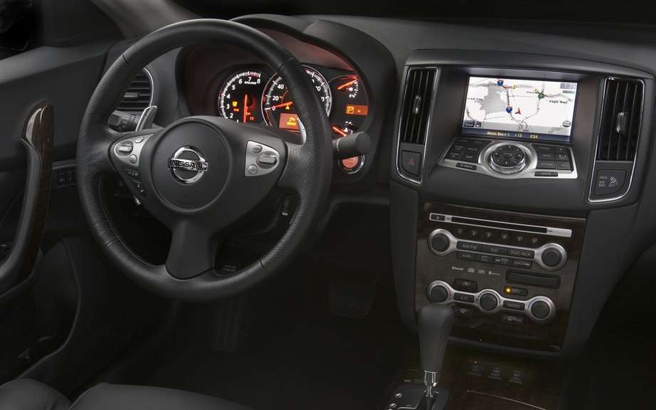 Nissan Maxima 2012: A discounted prices picture #4