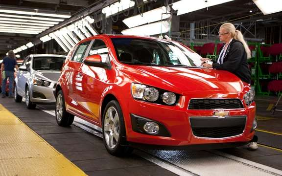 2012 Chevrolet Sonic: Braking assists in maintaining slope