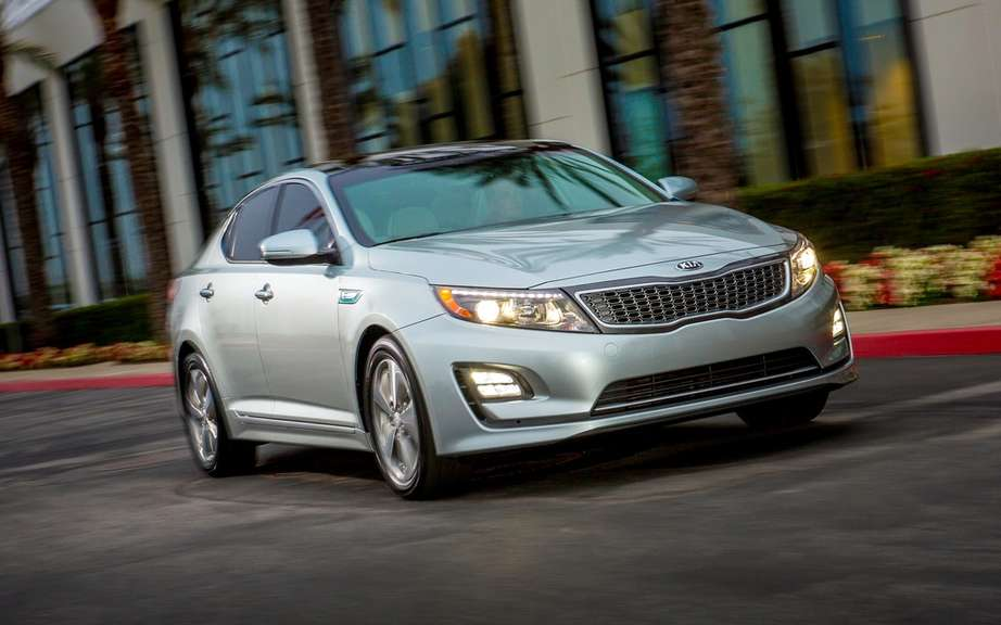 Kia Optima Hybrid: Record Guinness fuel economy