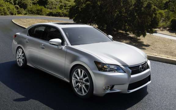 Lexus GS 2013: Much more aggressive forms