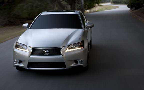 Lexus GS 2013: Much more aggressive forms picture #3
