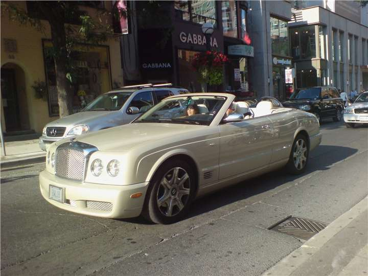 Bentley Azure #7211024