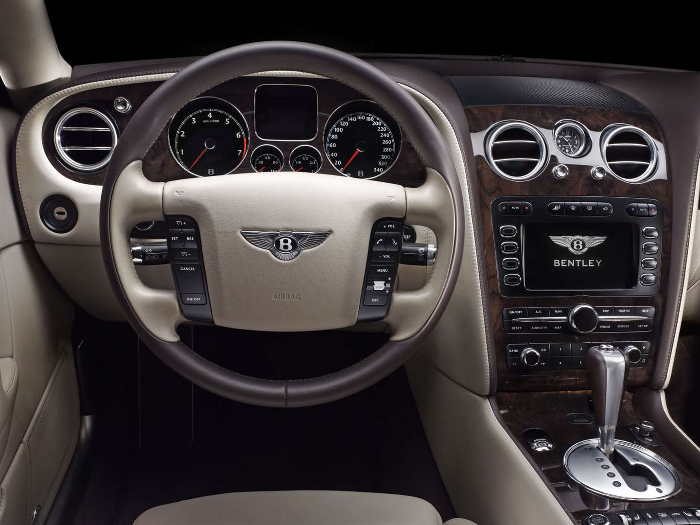 Bentley Flying Spur #8737812