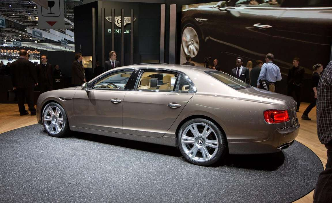 Bentley Flying Spur #9596673