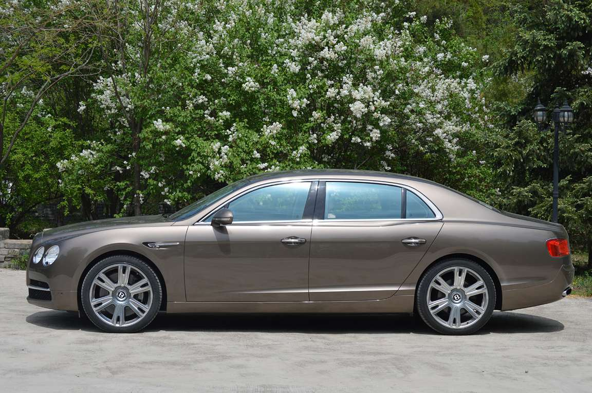 Bentley Flying Spur #7332109